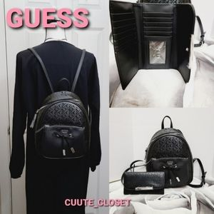 set of 2 | Guess Mini backpack & wallet